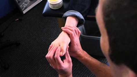 Hammertoe Stretch and Mobilization - YouTube