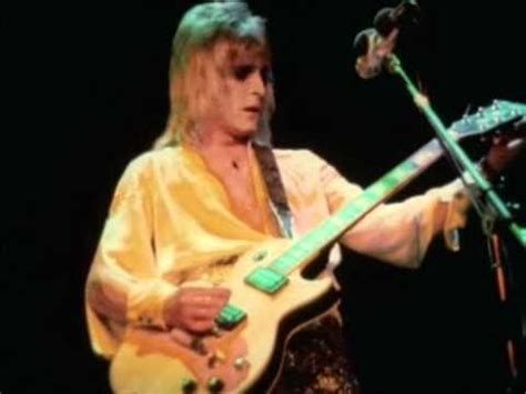 MICK RONSON-Width of a circle (Guitar solo 1973) - YouTube