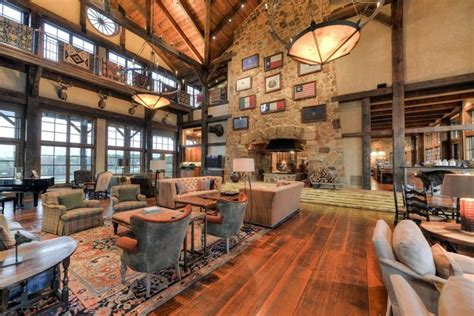 Texas's Incredible 'Barefoot Ranch' is up for Sale