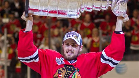 Report: Marcus Kruger, Blackhawks agree to one-year